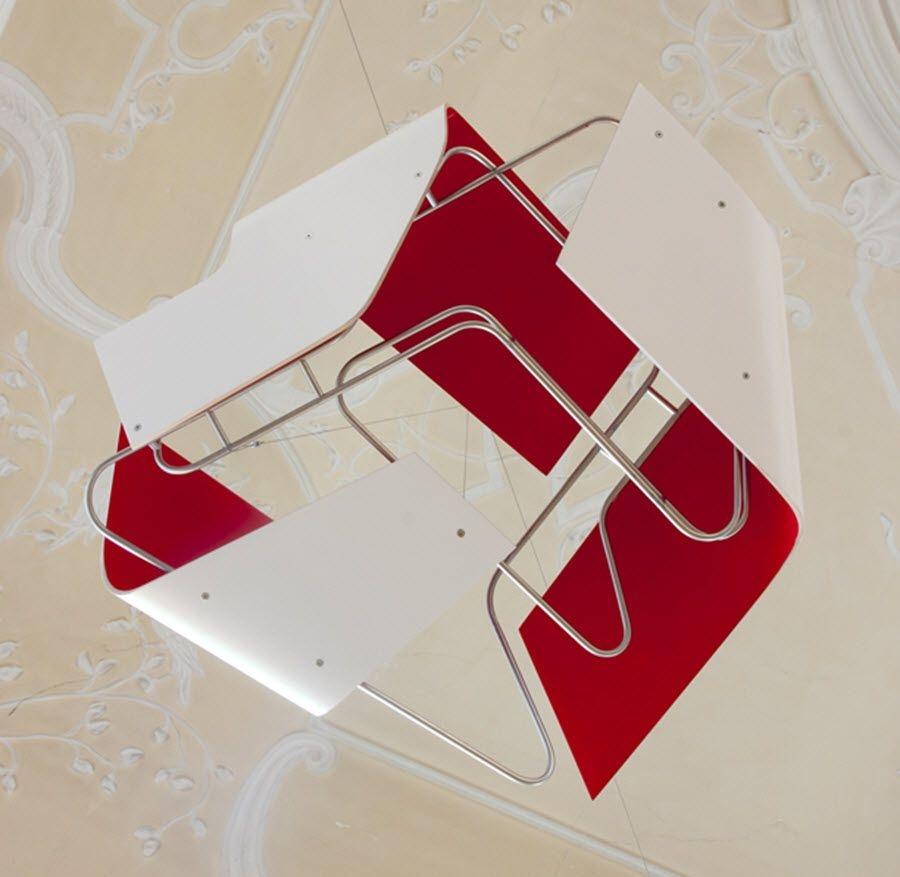 skulptur-red-rhombus-70x35x70cm